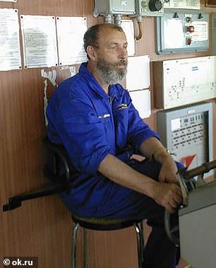 Thuyền trưởng Boris Prokoshev.