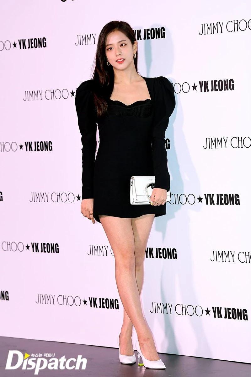 Jisoo and MAMAMOO's Hwasa both wore this black crêpe minidress from Versace, worth $1,800 USD.