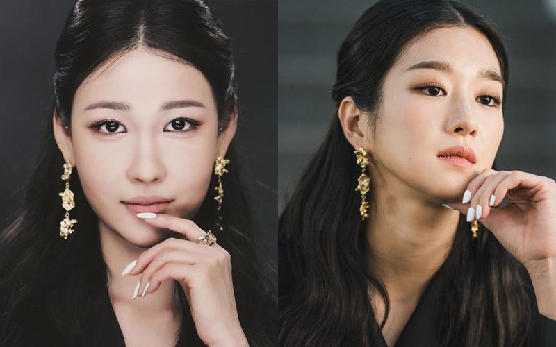Trước đó, phù thủy makeup gây thích thú khi biến hóa thành Seo Ye Ji trong phim Điên thì có sao. Ngoài lối trang điểm sang chảnh, kiêu kỳ đặc trưng, Risabae còn bắt chước bản gốc cả lối làm tóc, dùng phụ kiện hoa tai và sơn móng tay trắng rất tương đồng.