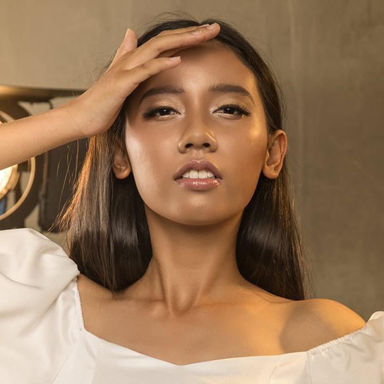 Nữ sinh 20 tuổi thần tượng HHen Niê và Mai Phương Thúy. Cô thích năng lượng tích cực của người đẹp gốc Ê-đê và coi Mai Phương Thúy là một người đẹp tài sắc vẹn toàn khi vừa có tri thức, sự tự tin, vừa bản lĩnh, kiêu hãnh.