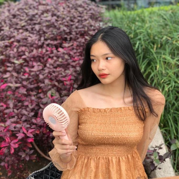 Trước câu hỏi nếu phải lựa chọn giữa mình và Ánh My là người bước vào vòng tiếp theo của Hoa hậu Việt Nam, Thanh Trâm cho biết gia đình để yêu thương chứ không phải để chọn lựa. Với cuộc thi này, nếu cả hai chị em chúng tôi cùng tiến xa thì quá tuyệt vời!, cô nói.