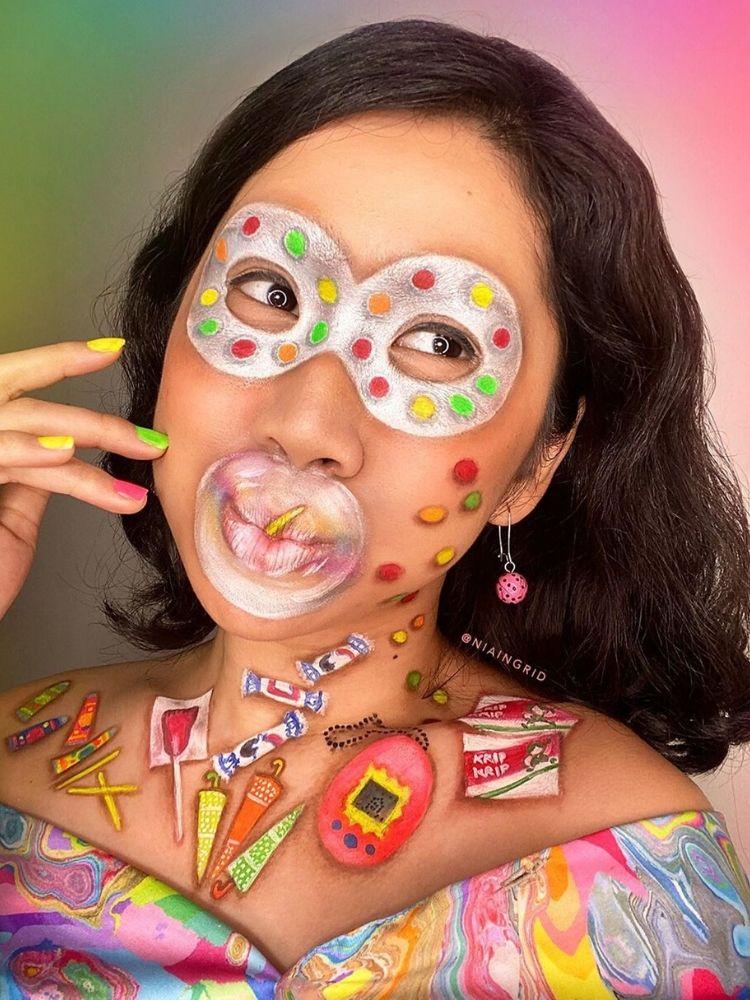 Trước khi makeup, Nia thường lên ý tưởng cụ thể với các mô tả chi tiết và liệt kê những đồ trang trí hỗ trợ.