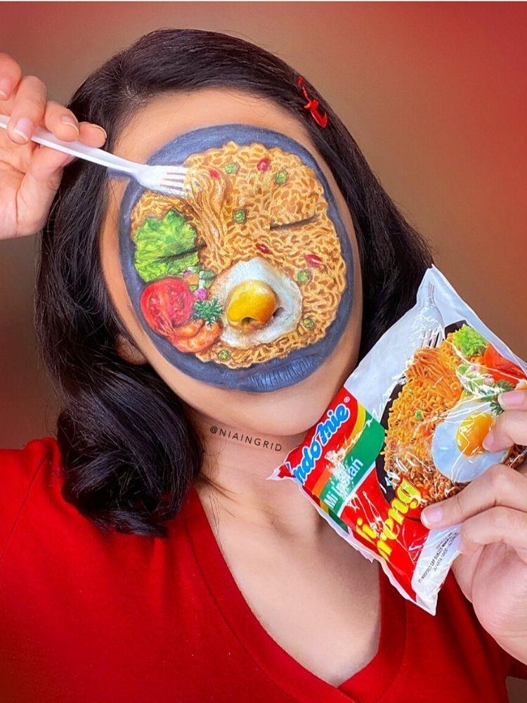 Thông qua các tác phẩm họa mặt, Nia muốn quảng bá sự thú vị của ẩm thực Indonesia.