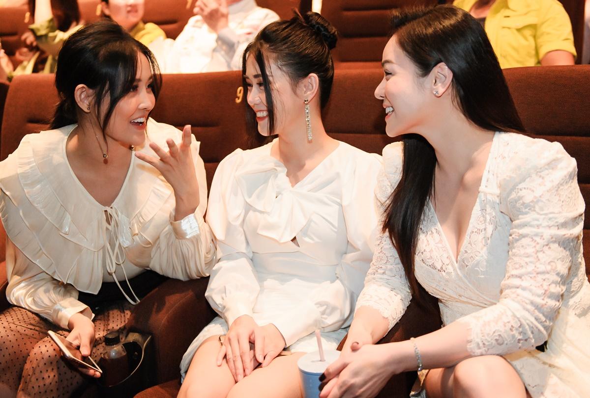 Ngọc Thảo (giữa) tự nhận mình là nhân tố mua vui trong phim.