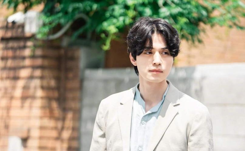 Những nhân vật nổi bật cho trào lưu bệnh tâm thần trên màn ảnh Hàn Quốc - 10