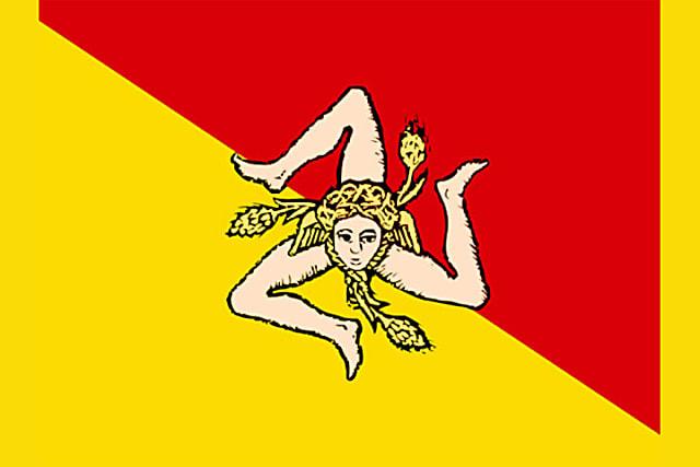 Lá cờ độc lạ này là của hòn đảo nào? - 9