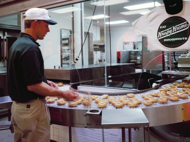 Tín đồ nghiện bánh biết gì về donut? - 15