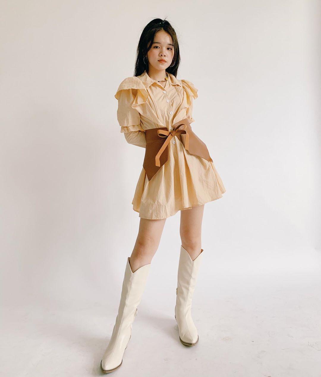 Các shop thời trang Việt đua nhau bán set đồ đình đám và được nhiều khách hàng hỏi mua.