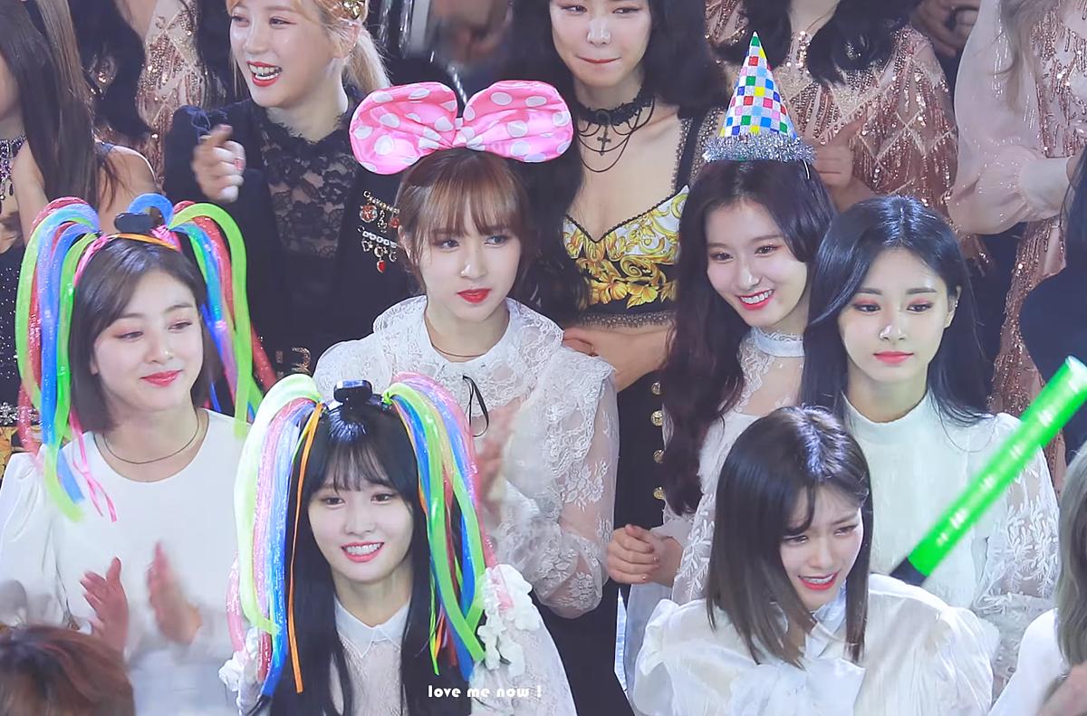 Khoảnh khắc đời thực của Twice gây choáng vì tràn ngập visual - 14