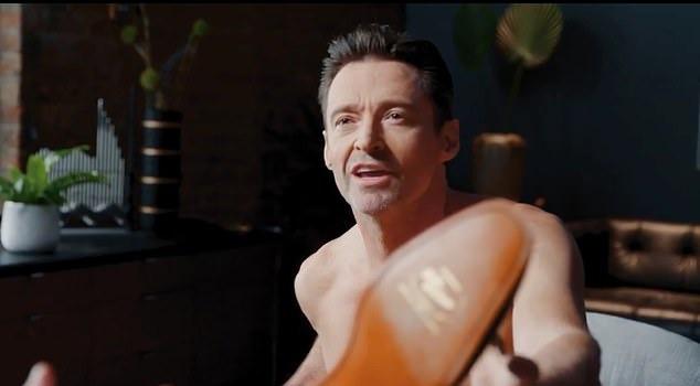 Hugh Jackman khoả thân quay quảng cáo