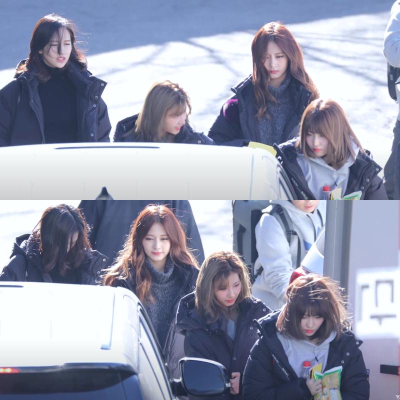 Rất nhiều fancam ghi lại khoảnh khắc đời thực cho thấy visual đỉnh cao của Twice. Không cần căn chỉnh góc mặt, những trạng thái bình thường nhất cũng không thể dìm được girlgroup nhà JYP.