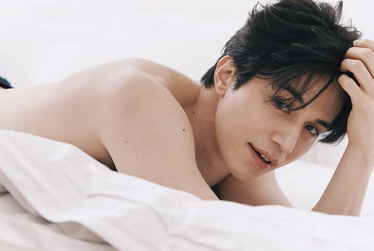 Ngoại hình nam tính, đẹp không tì vết của nam diễn viên họ Lee.
