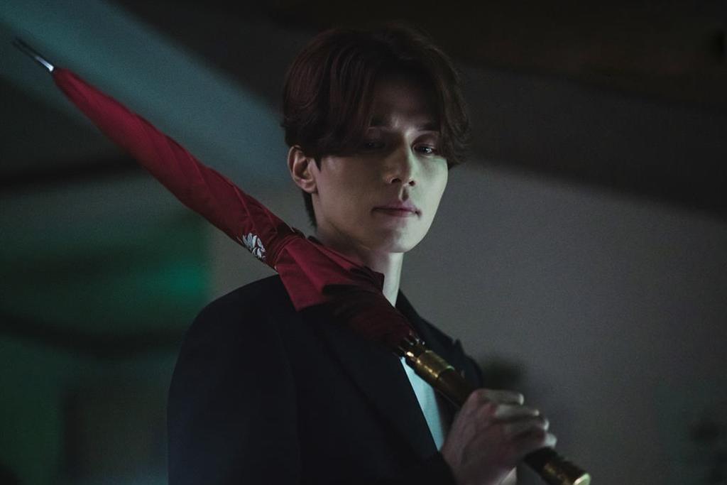Fan hy vọng vai hồ ly tinh sẽ là cú hích đưa tên tuổi của Lee Dong Wook nổi tiếng hơn.