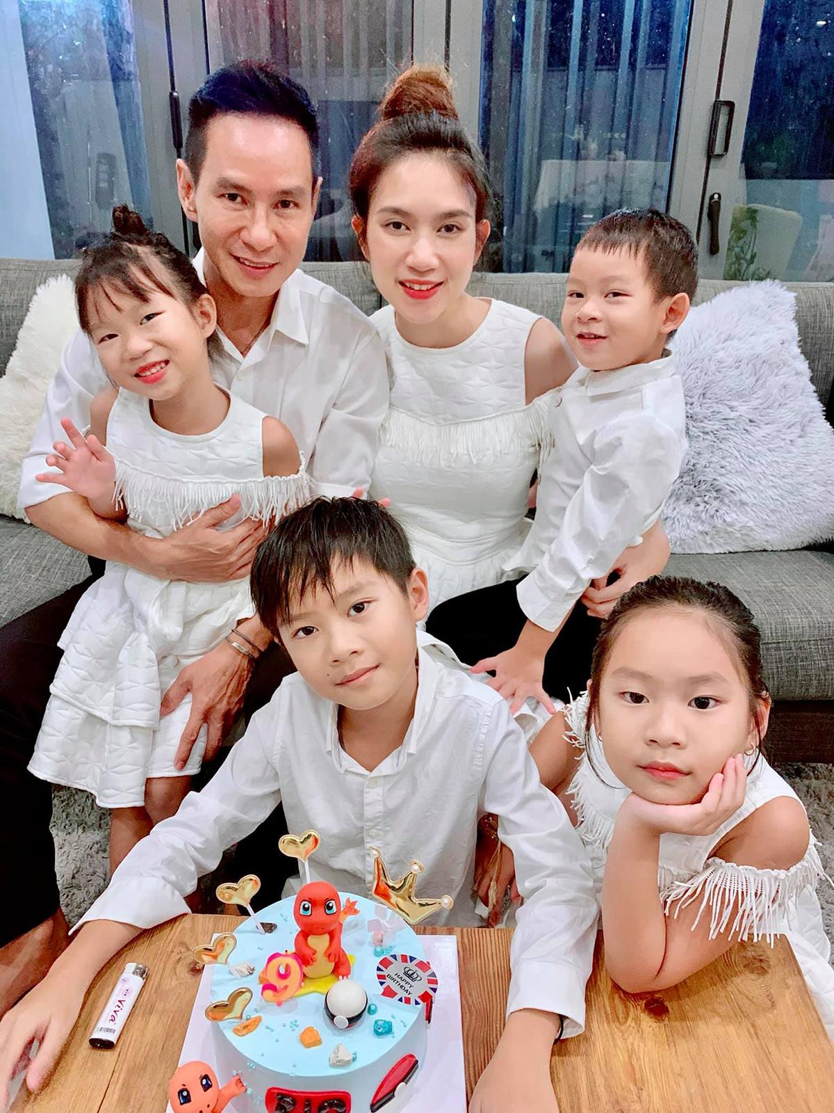 Lý Hải - Minh Hà mừng sinh nhật 9 tuổi cho con trai đầu Rio.