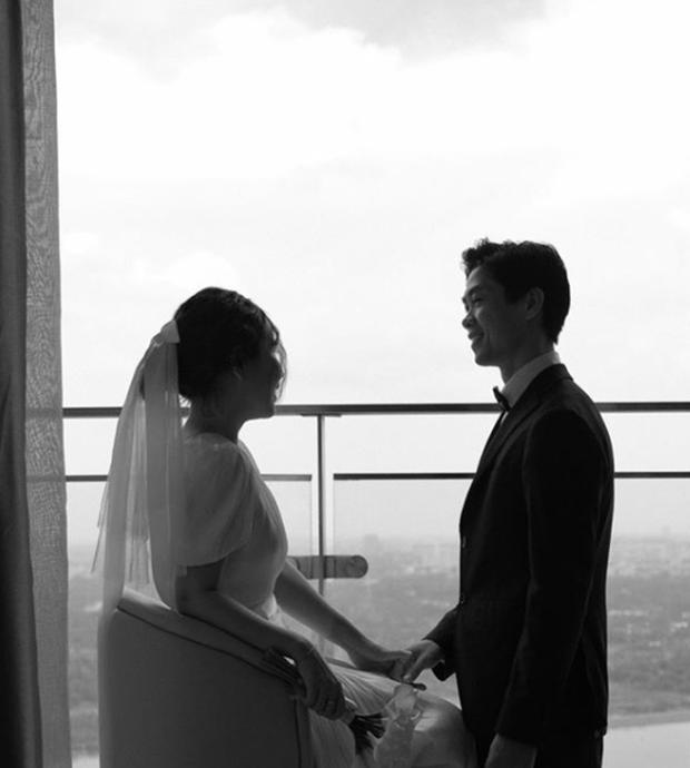 Công Phượng cười tít mắt bên Viên Minh trong loạt ảnh cưới - 4
