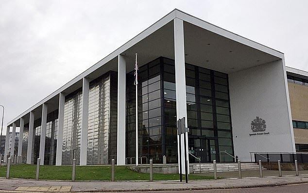 Wilson hầu tòa ở tòa án Ipswich, Anh.