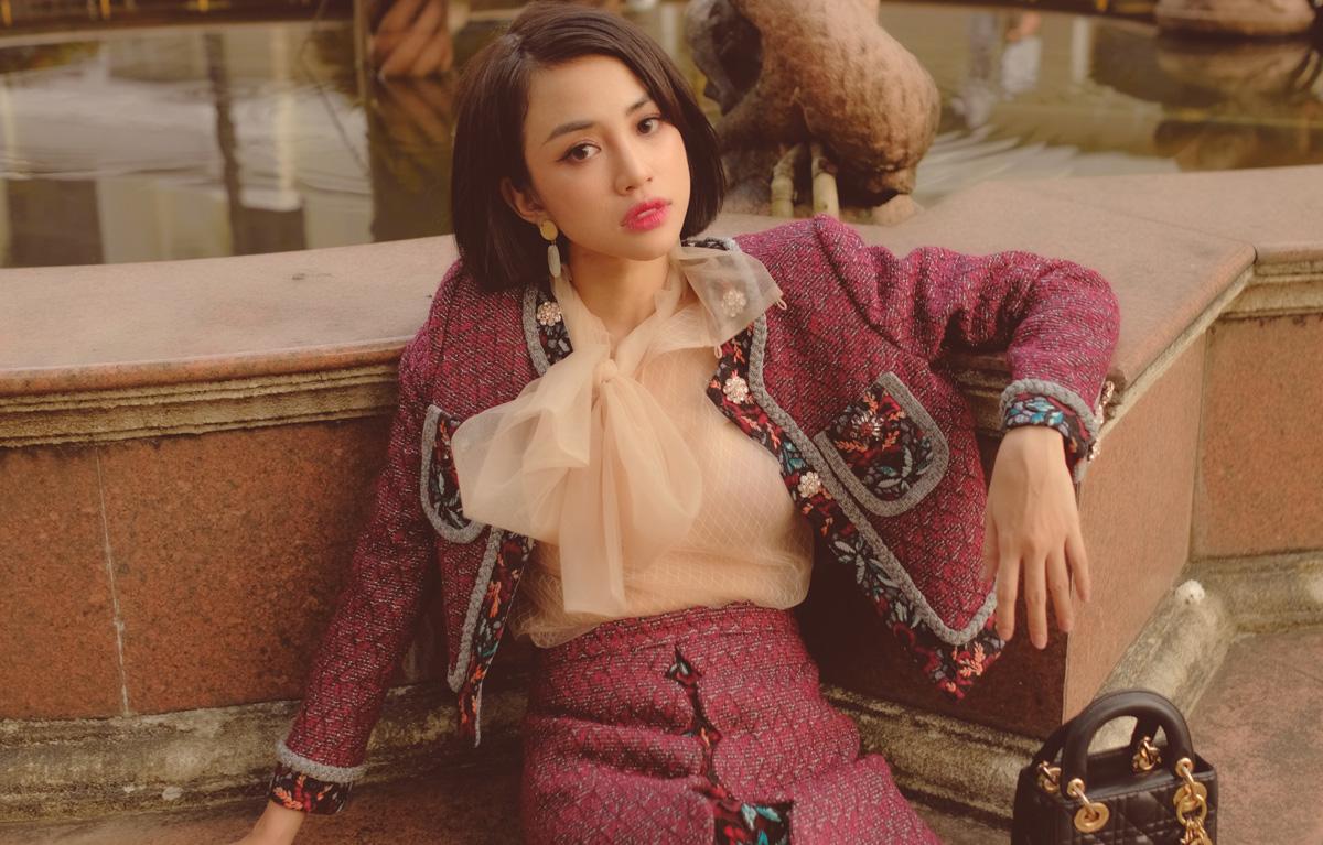 Thiên Nga từng gây dấu ấn khi xuất hiện tại cuộc thi The Face - Gương mặt thương hiệu 2017 trong team Minh Tú. Vẻ ngoài xinh đẹp, pha chút lạnh lùng, sắc sảo cùng vóc dáng quyến rũ đã tạo nên một nét riêng cho cô trong lòng khán giả. Bên cạnh đó, Thiên Nga cũng được biết đến khi xuất hiện trong nhiều MV, phim ngắn, sitcom và quảng cáo. Đặc biệt với vai Yumi trong sitcom Gia đình là số 1, nữ diễn viên gặt hái nhiều thành công và có được lượng người hâm mộ đáng kể.