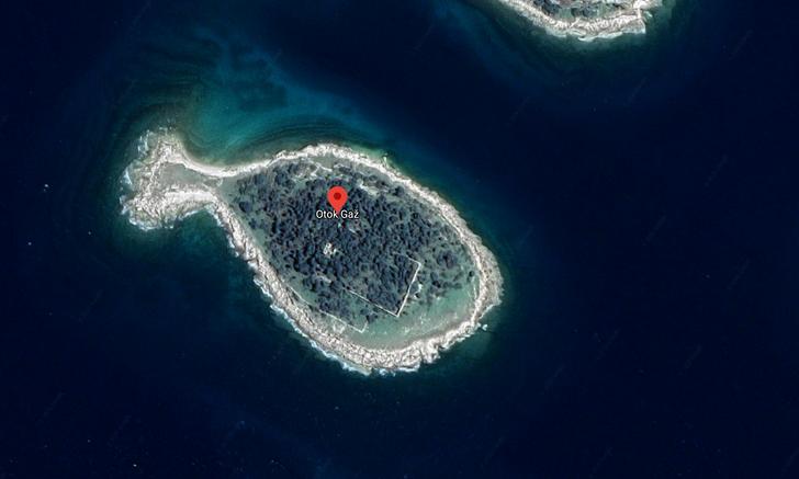 Những hòn đảo lạ lùng hình cá ngựa, gà, pizza... - 4