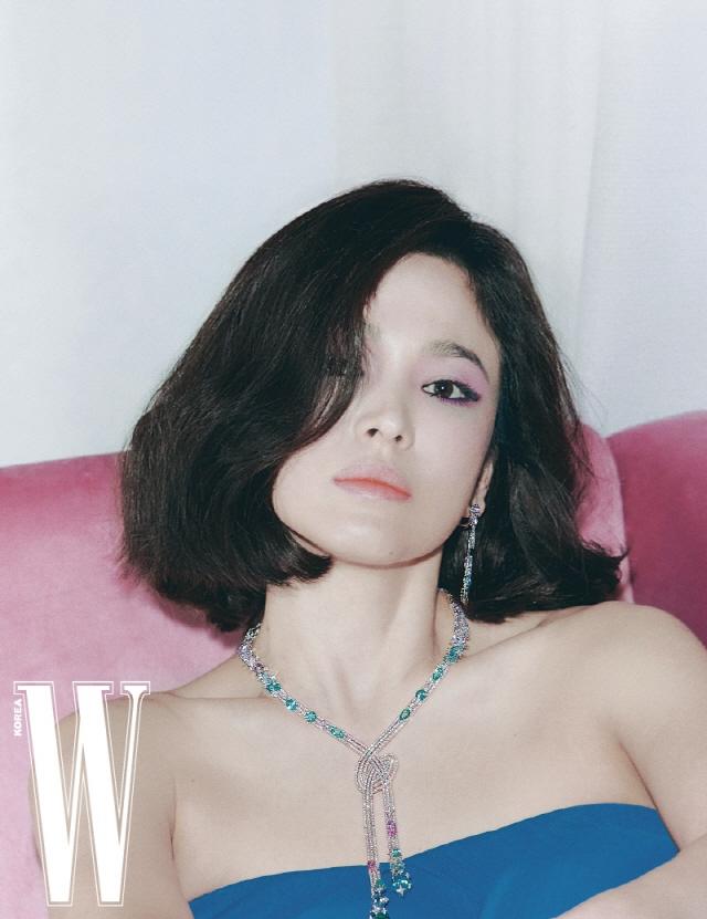 Song Hye Kyo có bải phỏng vấn gây tranh cãi.