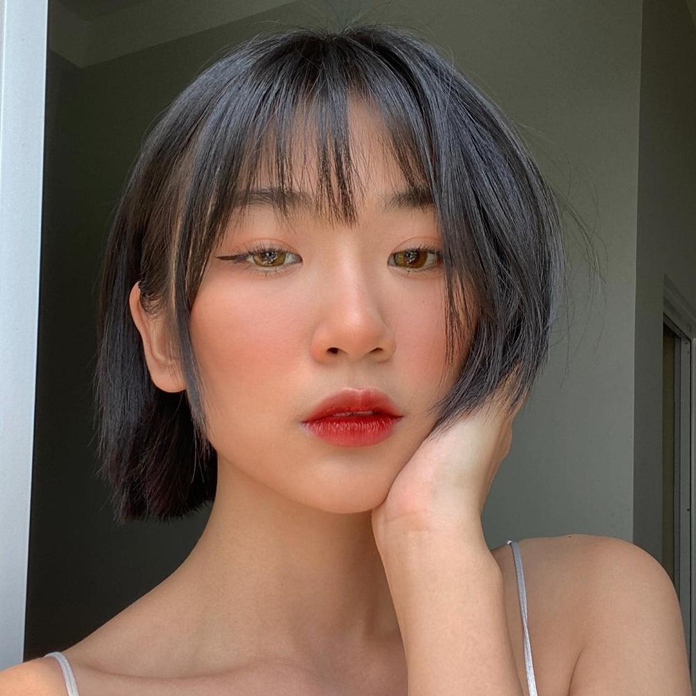 B Ray khen Trang Yue có vẻ ngoài đáng yêu, màu sắc âm nhạc mới mẻ. Anh nhận lời hỗ trợ vì thấy Trang Yue có sự cầu tiến, khát khao được theo đuổi âm nhạc.