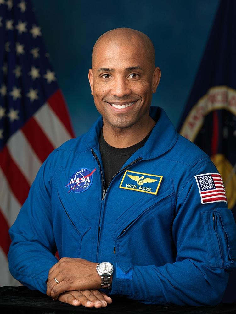 Phi hành gia Victor J.Glover Jr.