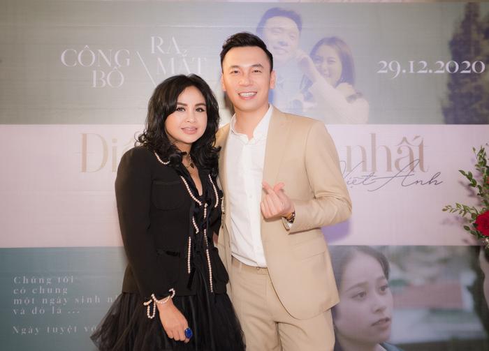 Thanh Lam chúc mừng Lê Việt Anh ra mắt MV.