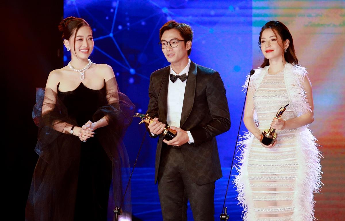 Lãnh Thanh và Chi Pu nhận giải Nam/ Nữ diễn viên được yêu thích nhất