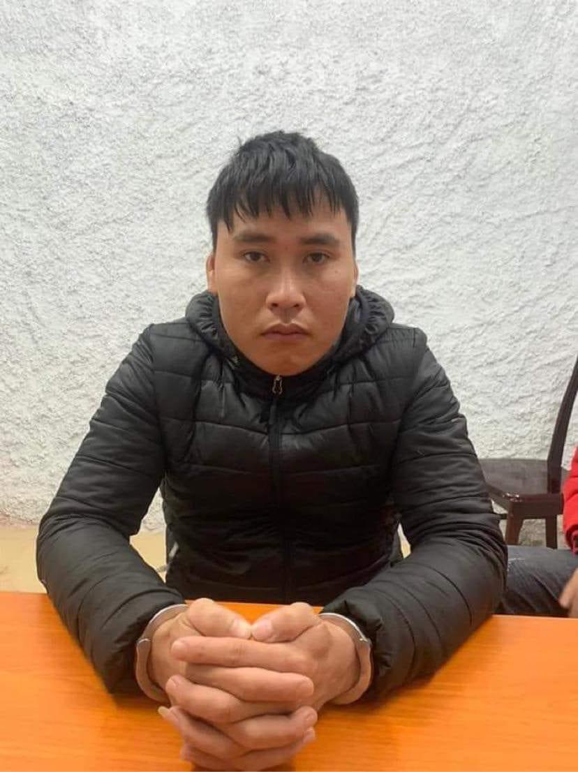Nguyễn Văn Tùng tại cơ quan điều tra. Ảnh: Công an cung cấp