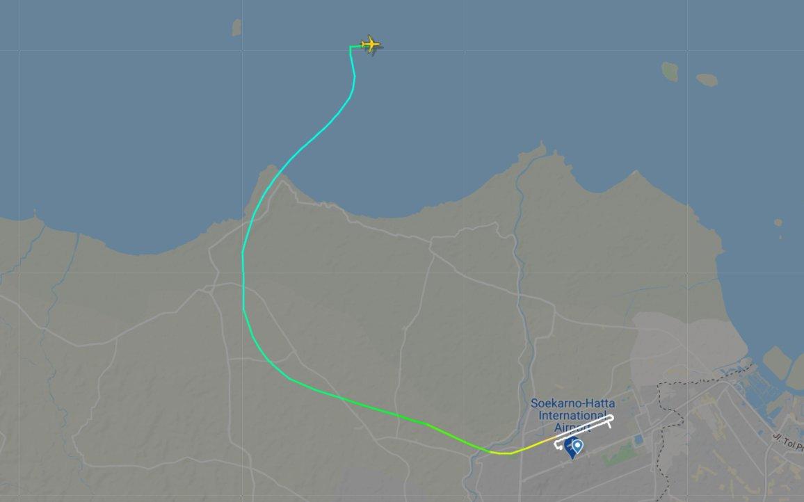 Dữ liệu về chuyến bay do Flightradar24 chia sẻ.