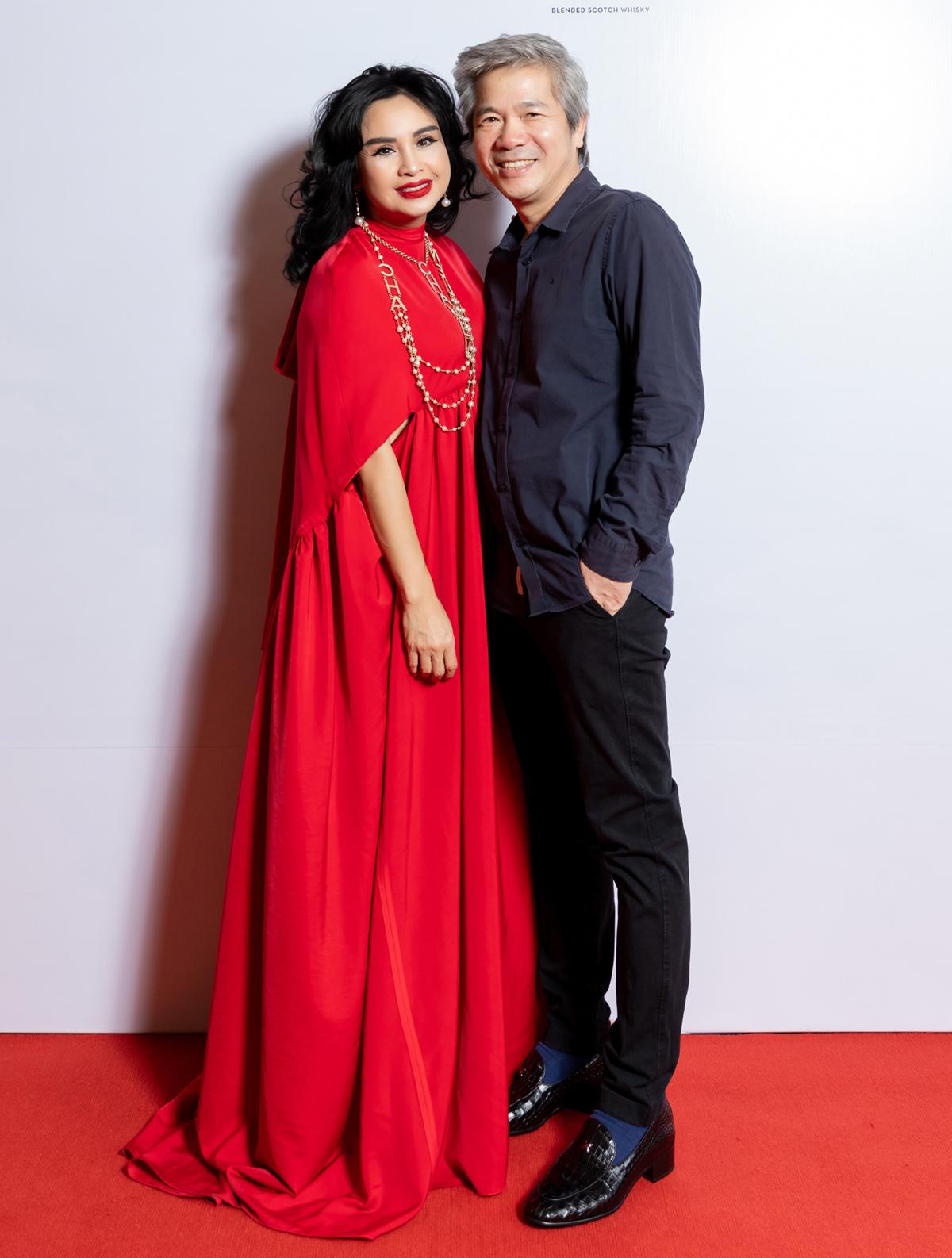 Thanh Lam sóng đôi cùng bạn trai bác sĩ. Gần đây, cặp đôi luôn như hình với bóng ở các sự kiện.