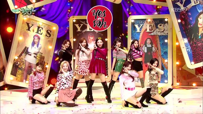 Trước đây, nhóm nữ nhà JYP thường bị chê mặc đồ không xứng tầm nhan sắc và danh tiếng.