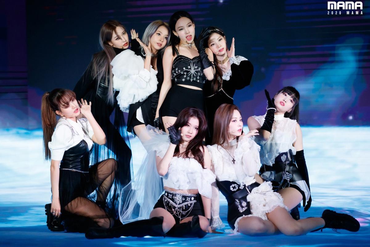 Gần đây, đội ngũ stylist của Twice cho thấy sự cầu tiến khi liên tục tạo nên những bộ cánh ngày càng đẹp mắt.