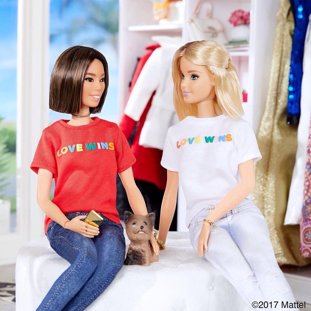 Tin chấn động Twitter hôm nay: Búp bê Barbie đã có bạn gái