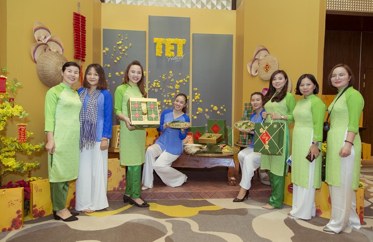 Không gian đón xuân tại Lễ hội Tết Việt 2020.