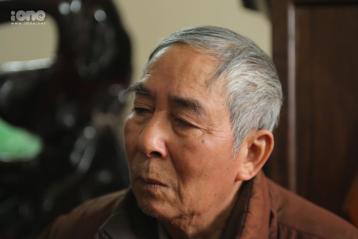 Ông Lê Tràng Hưởng vẫn chưa tin mất đi cả con trai và cháu nội trong vòng 7 tháng.