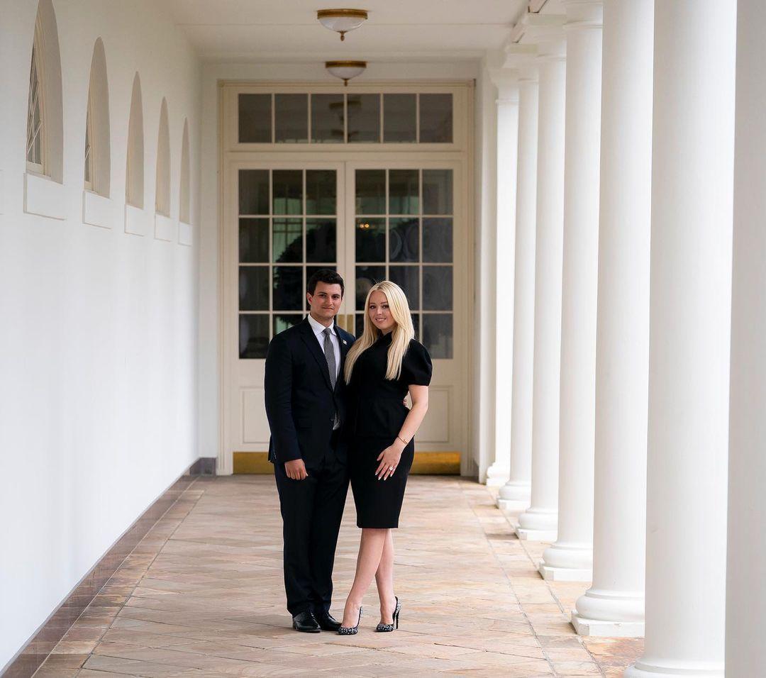 Tiffany Trump đăng ảnh bên hôn phu Michael Boulos.