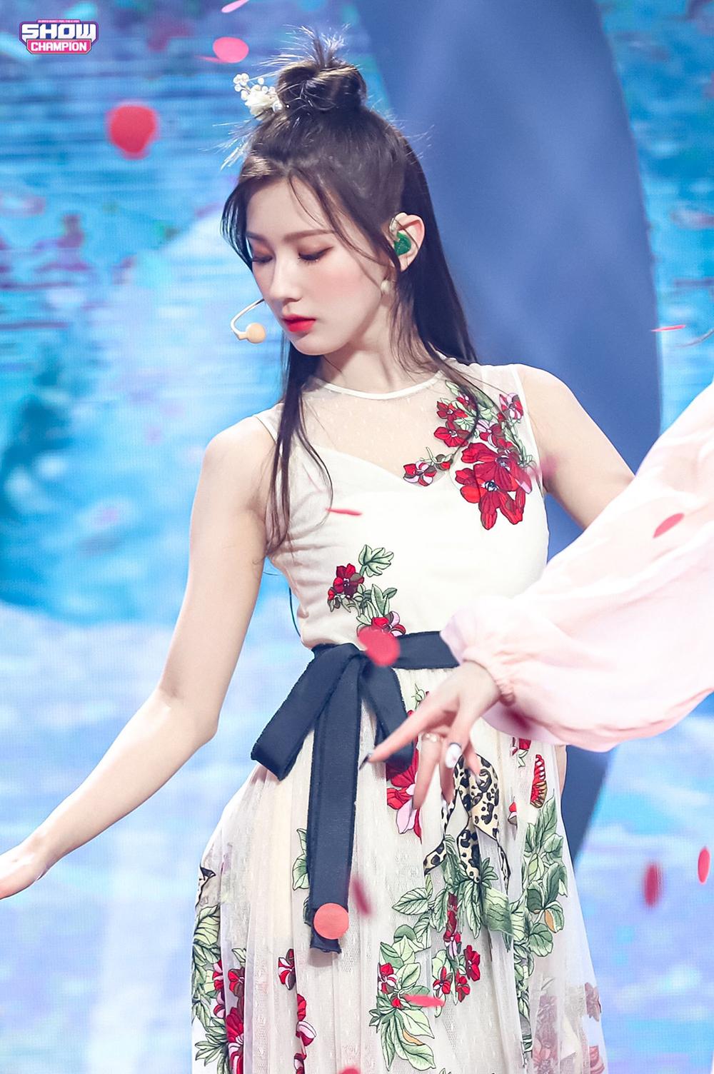 Mi Yeon gây bão với khoảnh khắc hất tốc đẹp như nữ thần cổ trang - 6