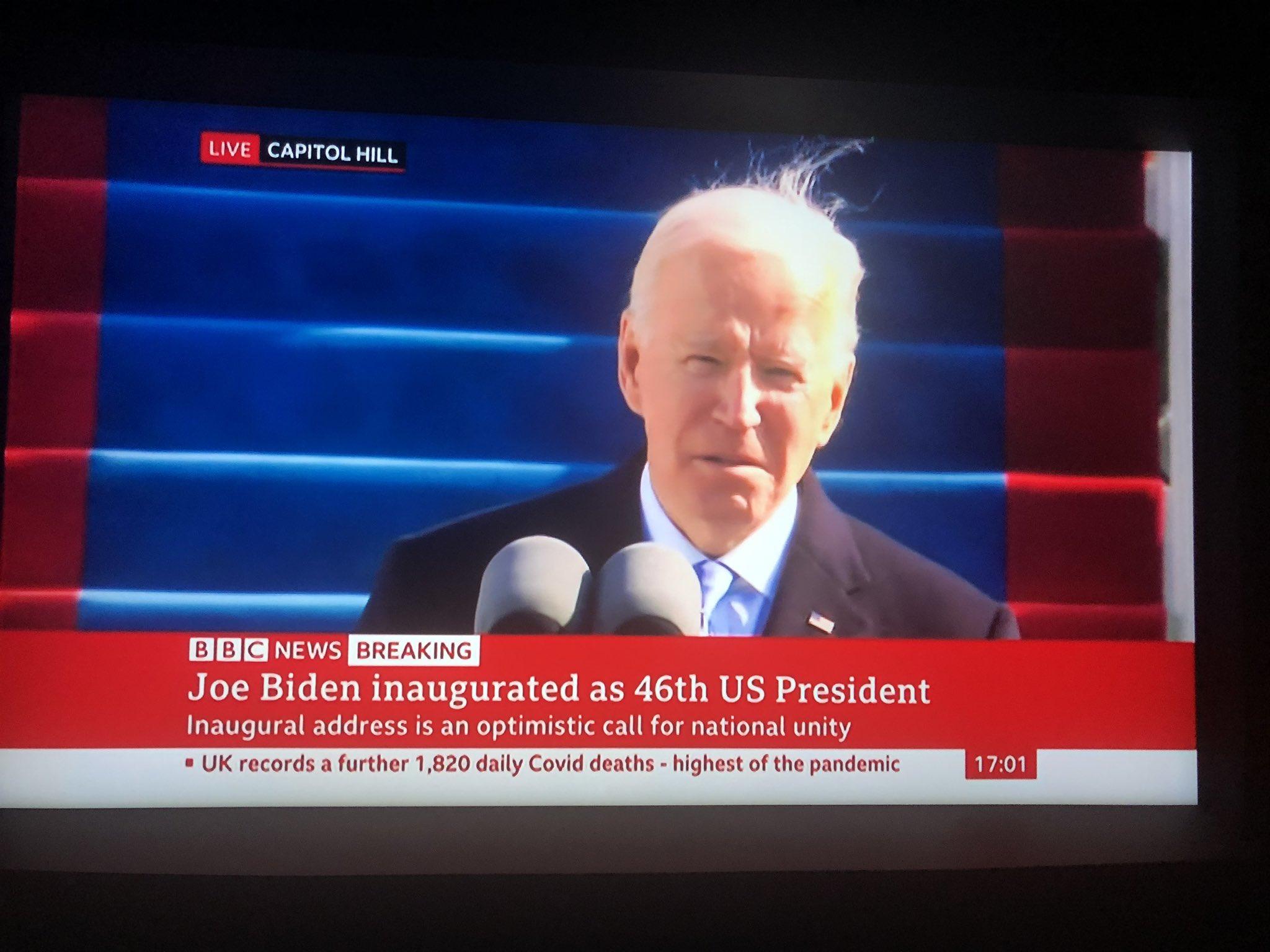 Joe Biden bị chế ảnh vì tóc te tua trong ngày nhậm chức Tổng thống - 5