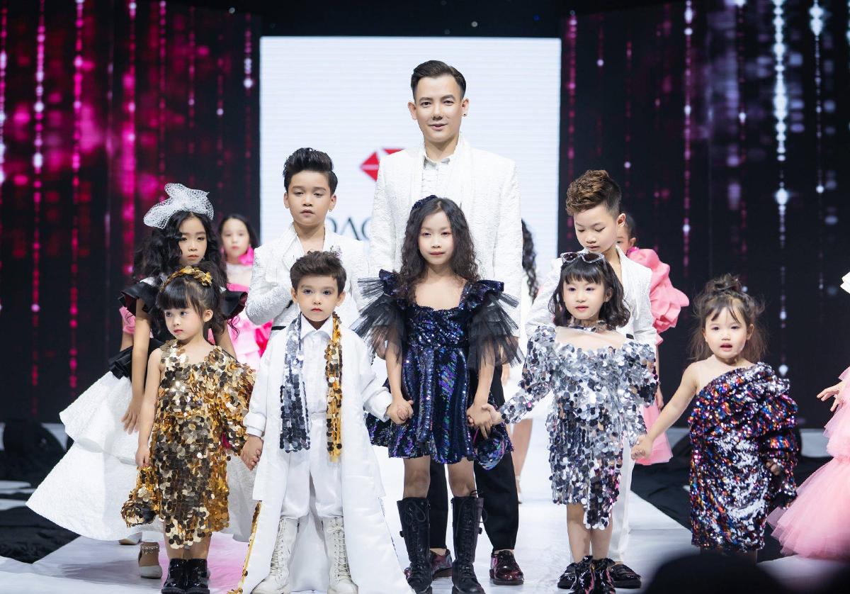 NTK Đắc Ngọc làm show hoành tráng đánh dấu 3 năm gia nhập làng mốt
