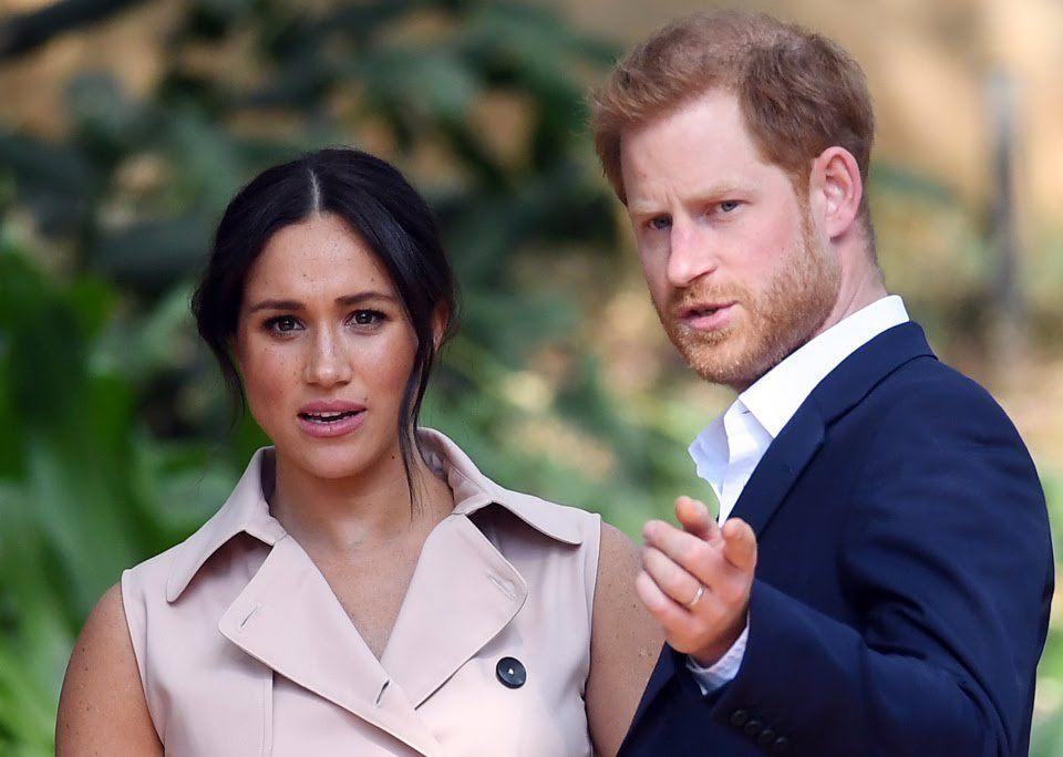 Harry và Meghan nghỉ dùng mạng xã hội vì bị chế giễu quá nhiều - 1