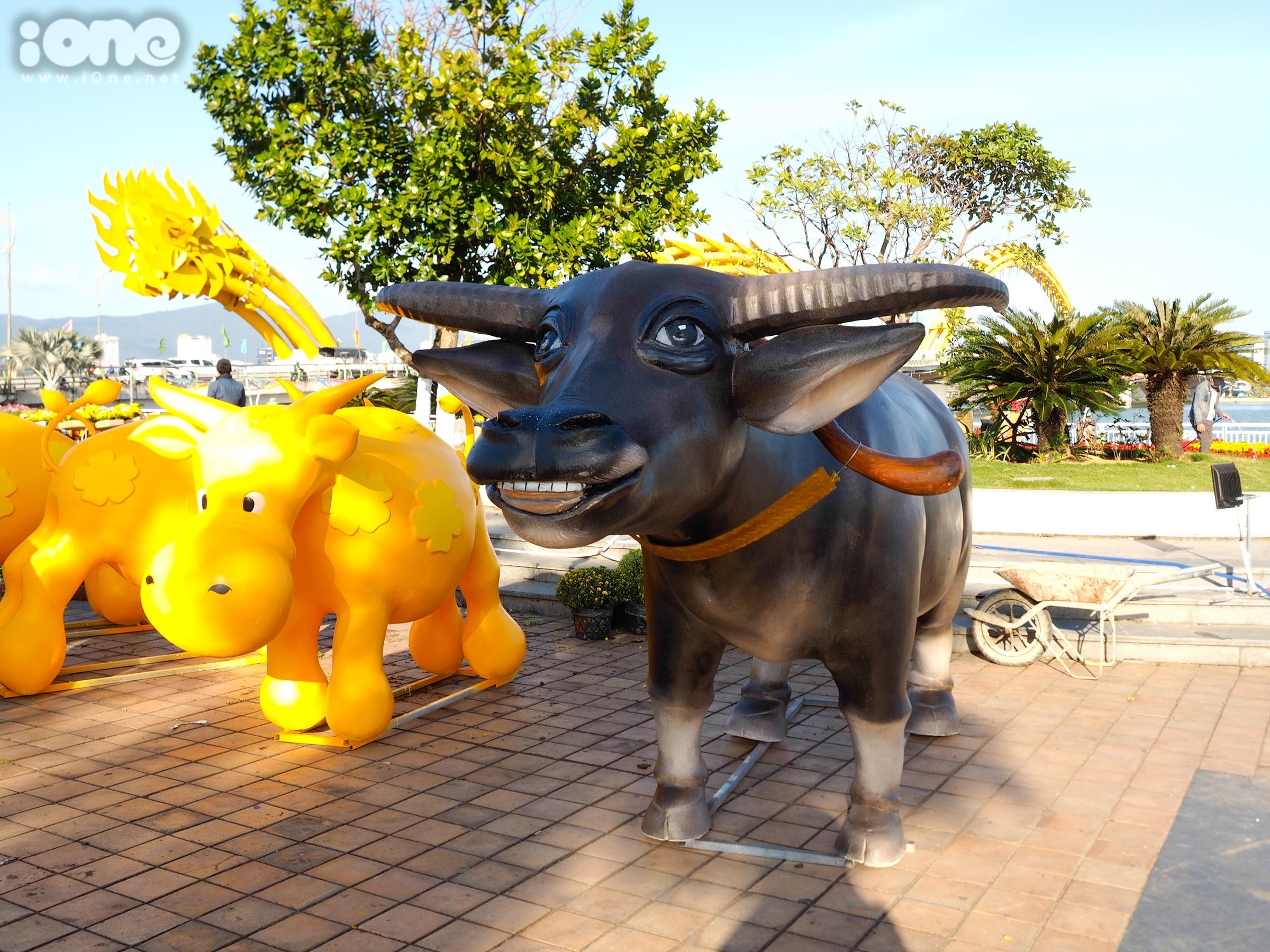 Đường hoa 12 tỷ đồng với nhiều tiểu cảnh hoàng tráng ở Đà Nẵng - 12