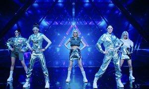 Momoland khoe vũ đạo đáng yêu trong MV remake hit 'Wrap Me In Plastic'