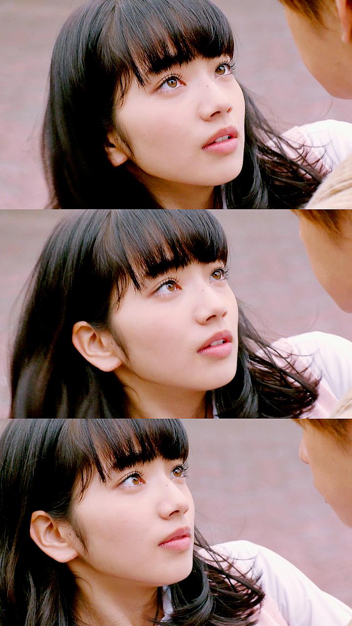 Nana Komatsu, nữ diễn viên và người mẫu Nhật Bản, sinh năm 1996.