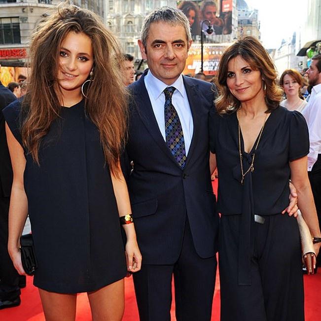 Lily lần đầu xuất hiện trước công chúng dưới danh nghĩa con gái Mr. Bean trong sự kiện ra mắt phim Johnny English Reborn- tác phẩm điện ảnh cha cô thủ vai chính - năm 2011.