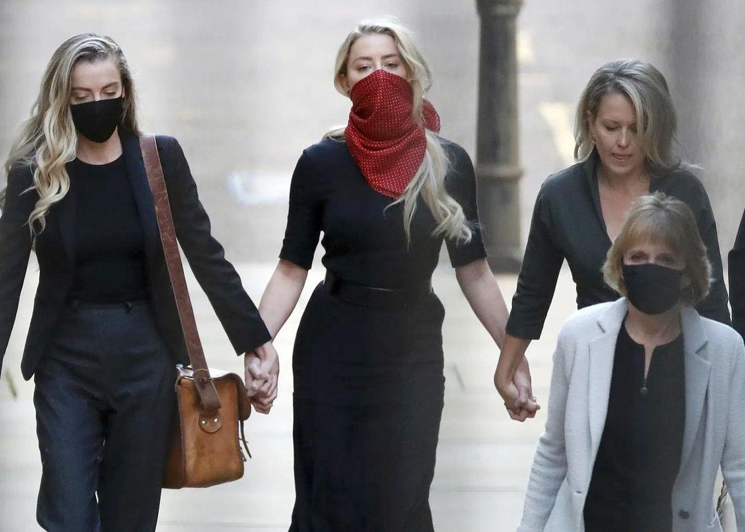 Chiếc váy Amber Heard dùng để làm nhục Johnny Depp - 3