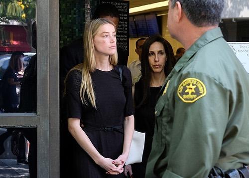 Chiếc váy Amber Heard dùng để làm nhục Johnny Depp - 1