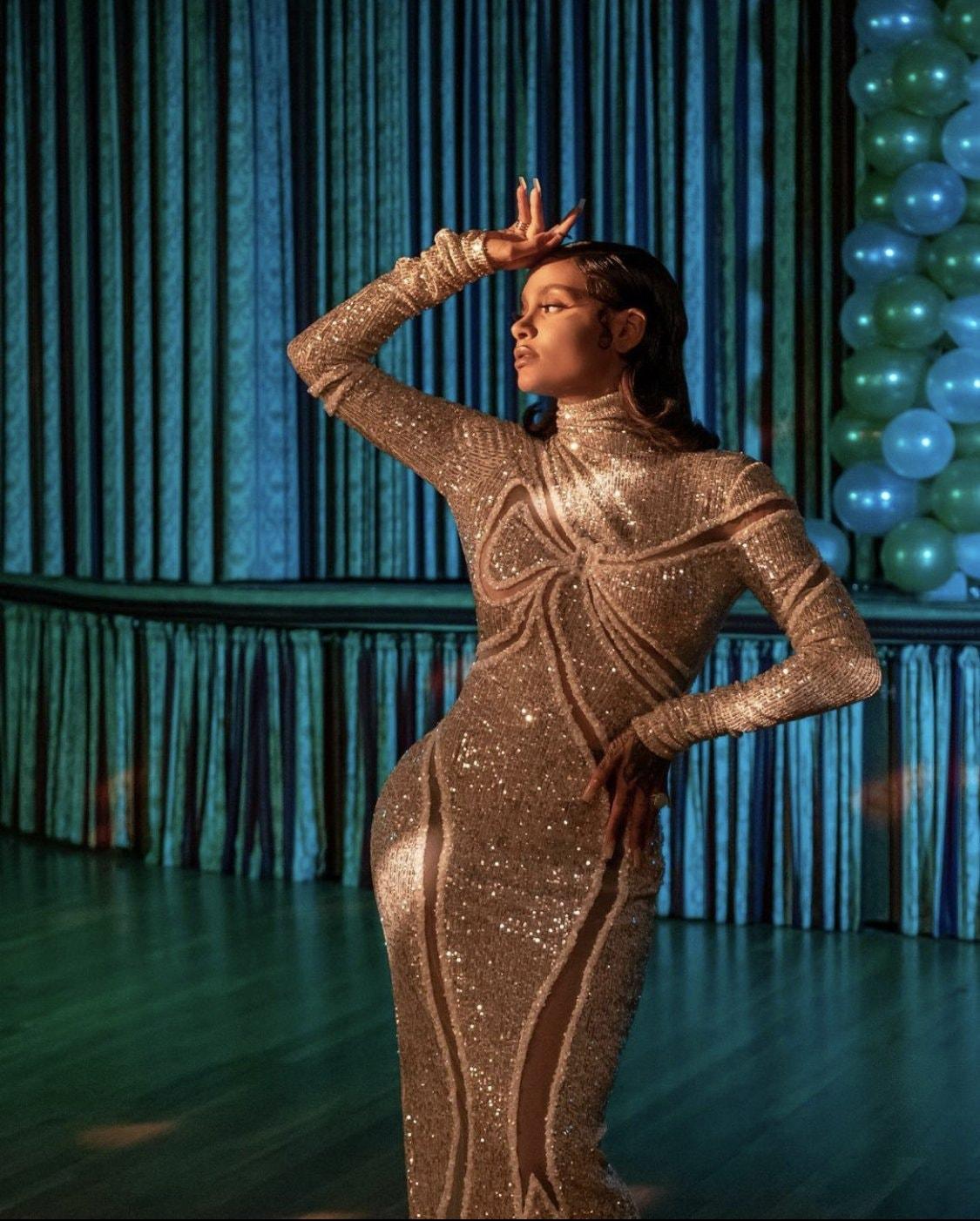 Nữ ca sĩ R&B Kehlani trong trang phục thương hiệu CONG TRI xuất hiện trên tạp chí Playboy