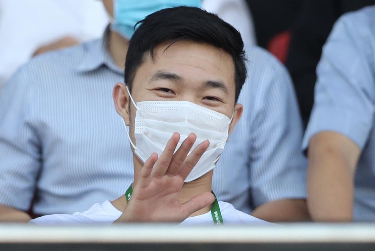 Ngày mai đám hỏi, Xuân Trường vẫn ở Đà Nẵng xem đồng đội thi đấu
