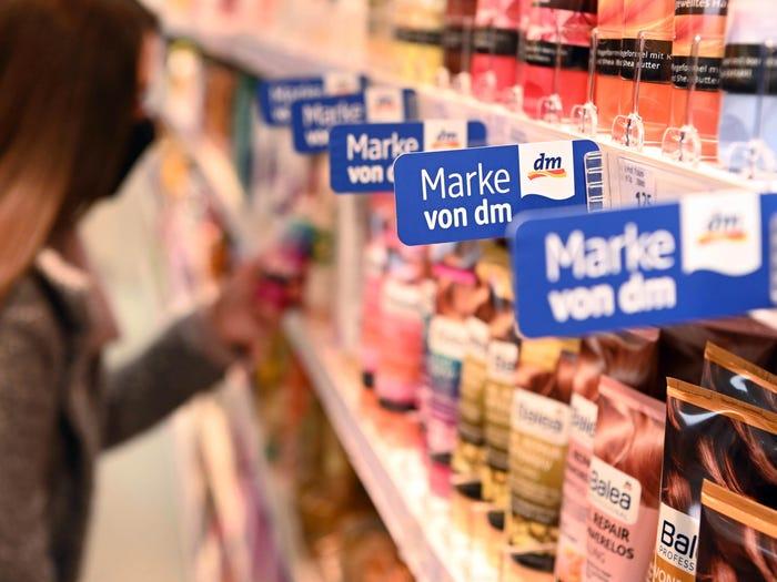 Một cửa hàng thuốc Dm-drogerie markt ở Berlin, Đức. Ảnh: Dm.