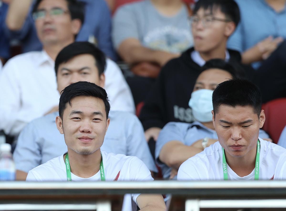 Ngày mai đám hỏi, Xuân Trường vẫn ở Đà Nẵng xem đồng đội thi đấu - 2